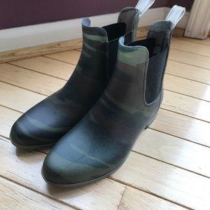 Camo JCrew Chelsea Boots Rainboots